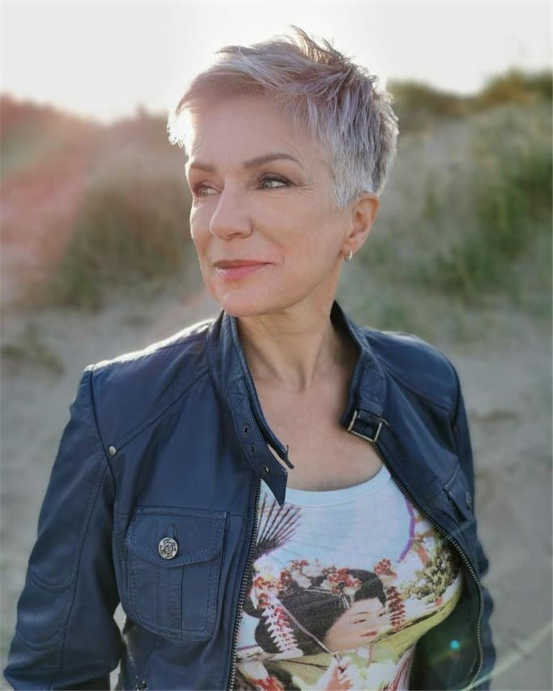 Best Pixie Haircuts for Older Ladies 25