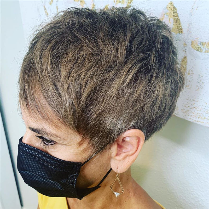 Best Pixie Haircuts for Older Ladies 45