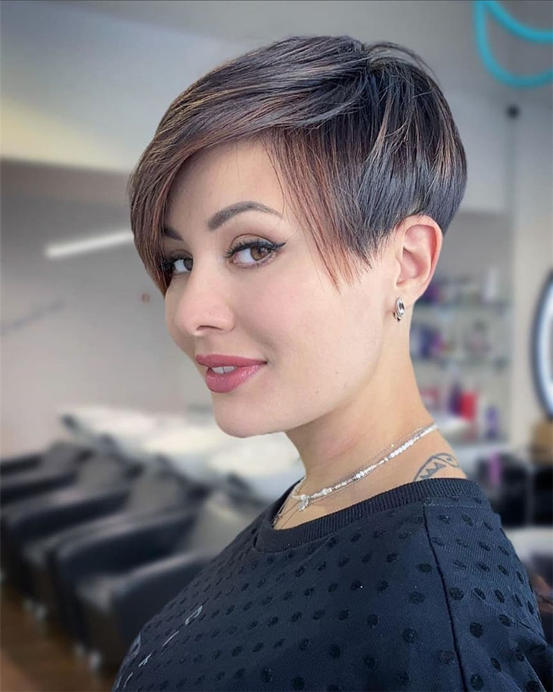 Best Short Pixie Haircut Gallery for Your 2021 01