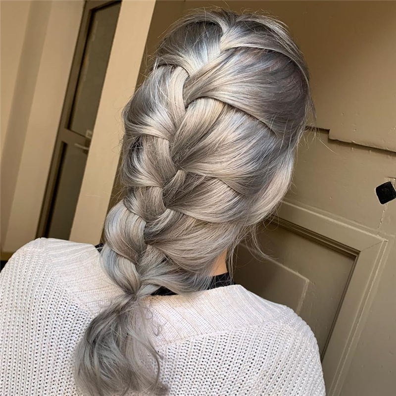 Stylish Grey Hair Ideas That Dont Make You Look Older 23