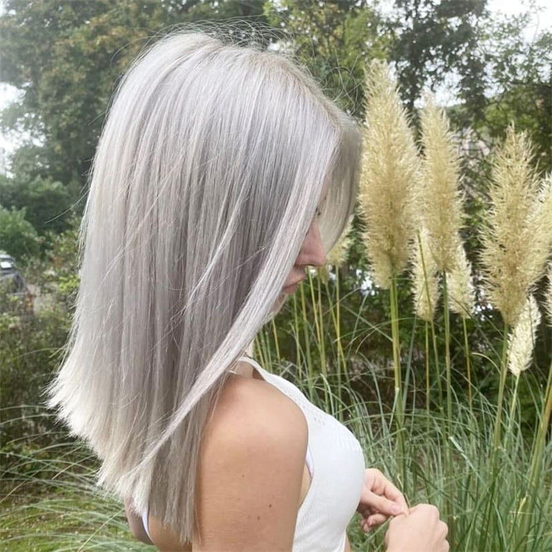 Stylish Grey Hair Ideas That Dont Make You Look Older 27