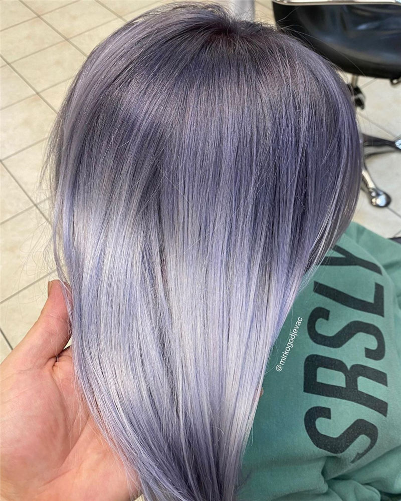Stylish Grey Hair Ideas That Dont Make You Look Older 29