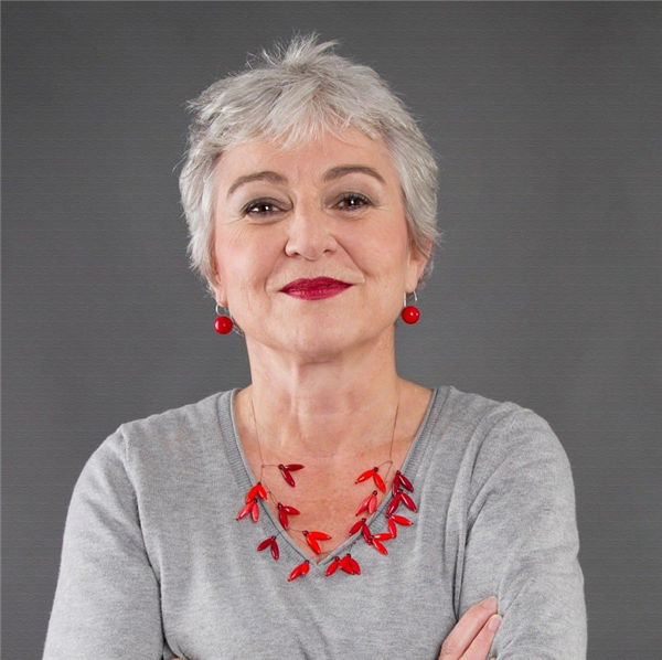 grey haircut for women over 50 with round faces