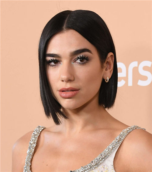 Best Blunt Bob Haircut Ideas You Can Try Now 03