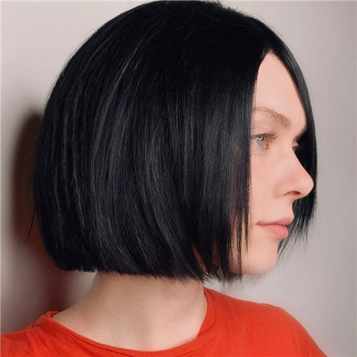 Best Blunt Bob Haircut Ideas You Can Try Now 22