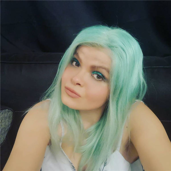 Blue Medium Hair