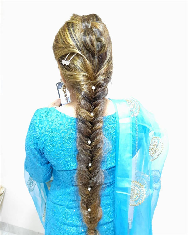 Dutch Braids Merged with Fishtails