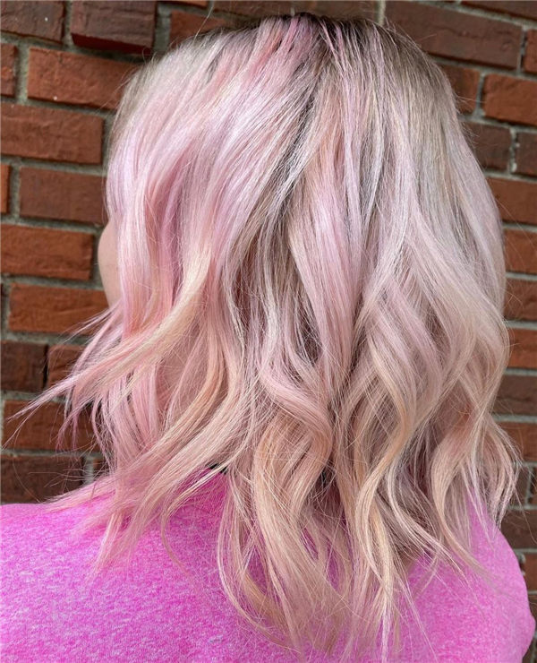 32 Short Rose Gold Hair Color That You Must Try Hairstylezonex