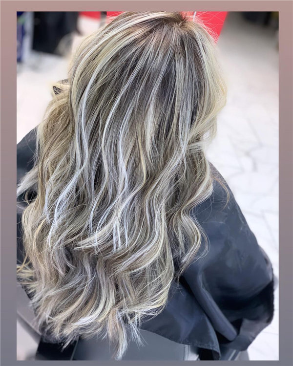 Hottest Medium Length Layered Haircuts and Hairstyles 2021 15