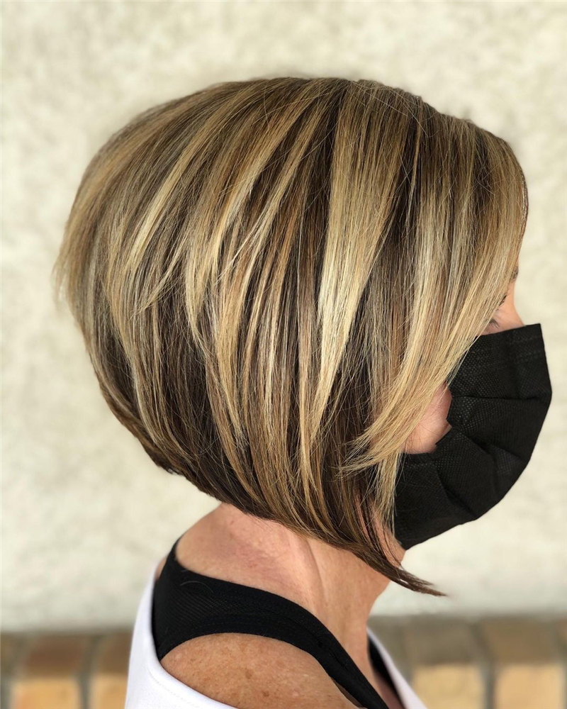 Inverted Bob with Highlight