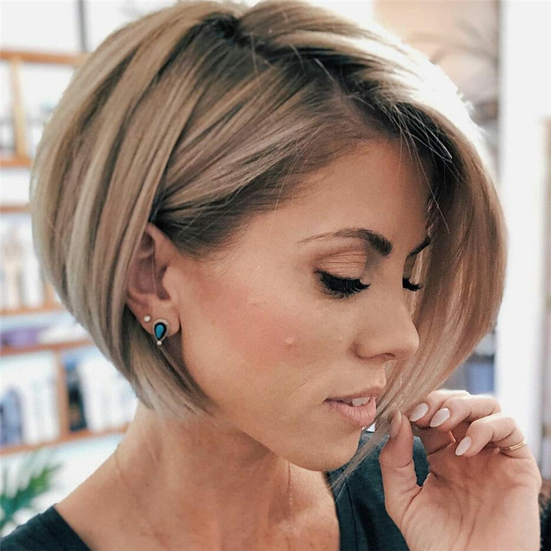 Short Inverted Bob 1