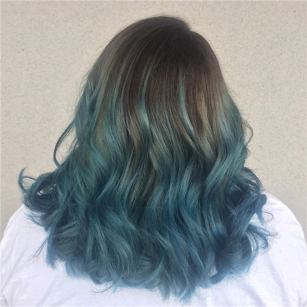 Wavy Ombre Blue Hair