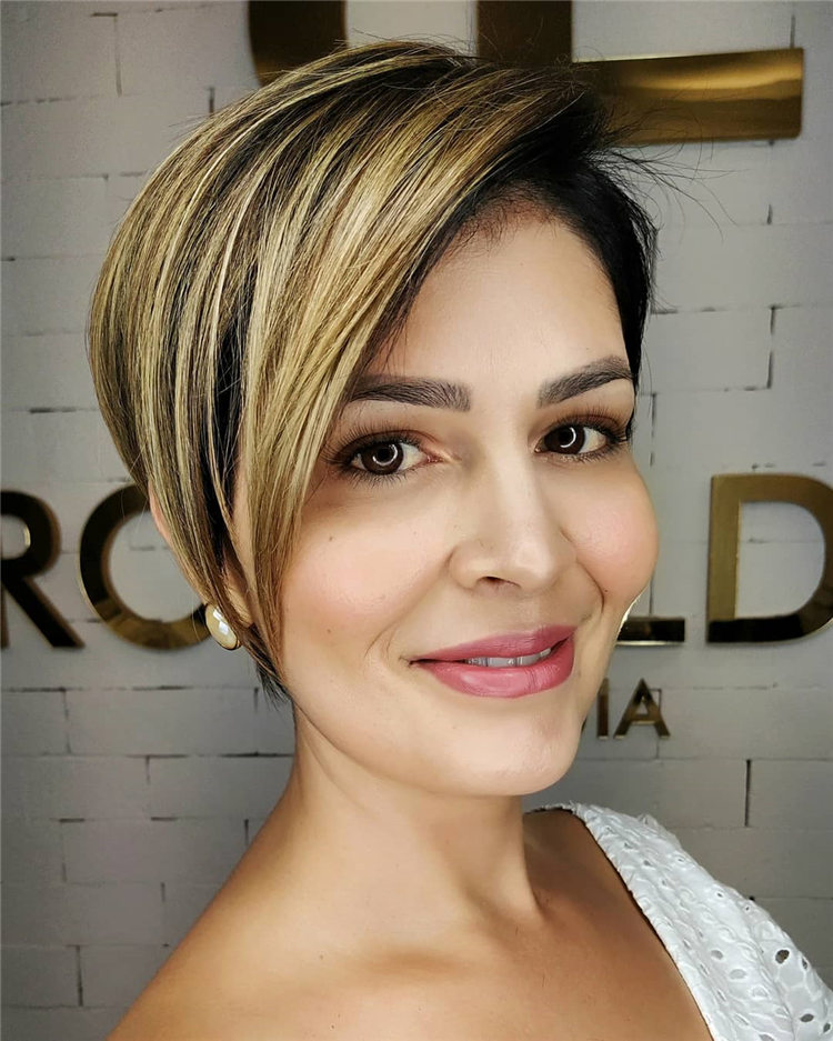 Fresh Short Blonde Hairstyles and Haircuts That Makes You Pretty 04