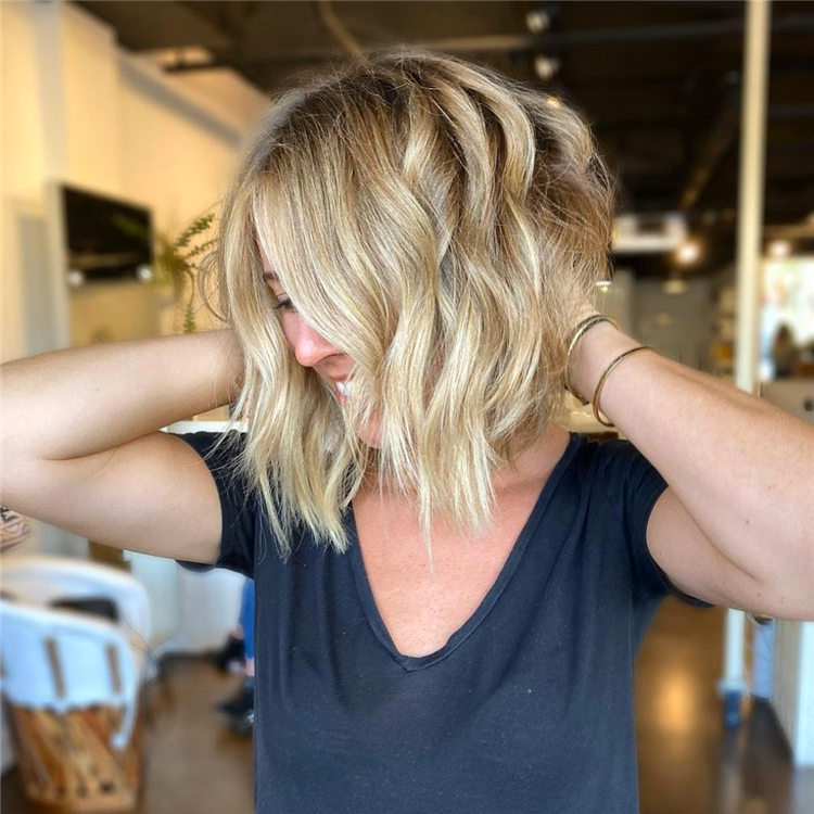 Fresh Short Blonde Hairstyles and Haircuts That Makes You Pretty 13