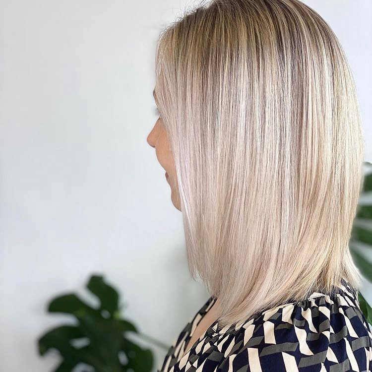 Fresh Short Blonde Hairstyles and Haircuts That Makes You Pretty 20