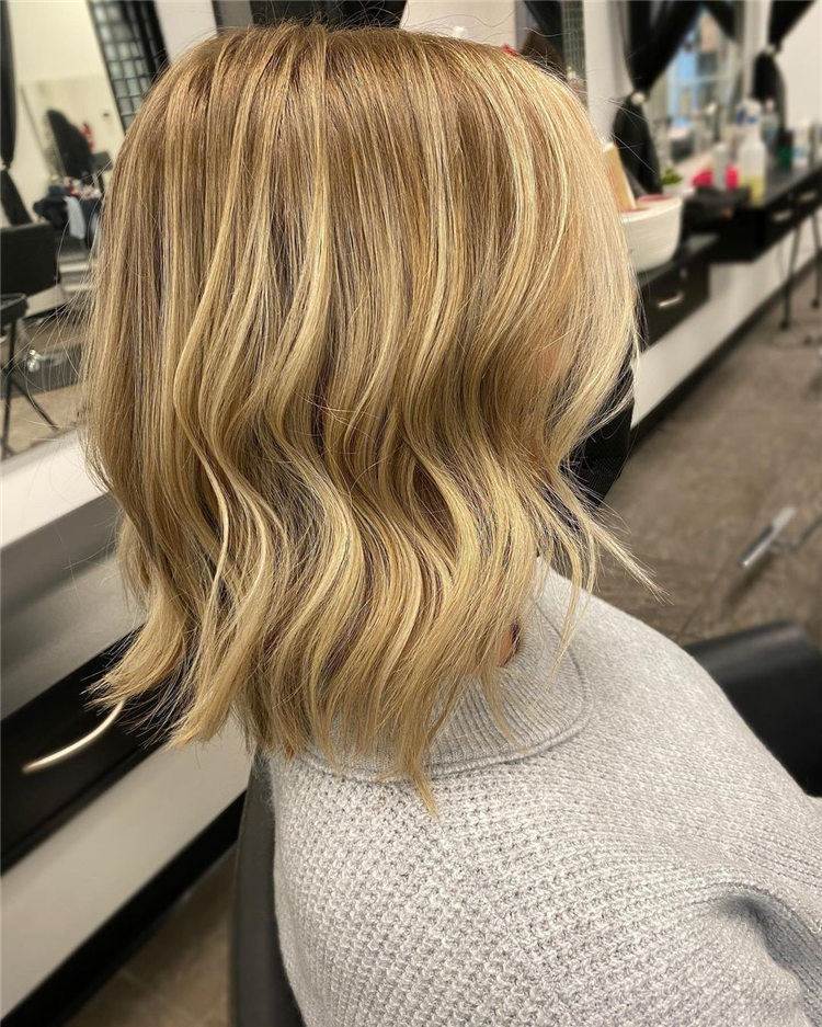 Fresh Short Blonde Hairstyles and Haircuts That Makes You Pretty 32