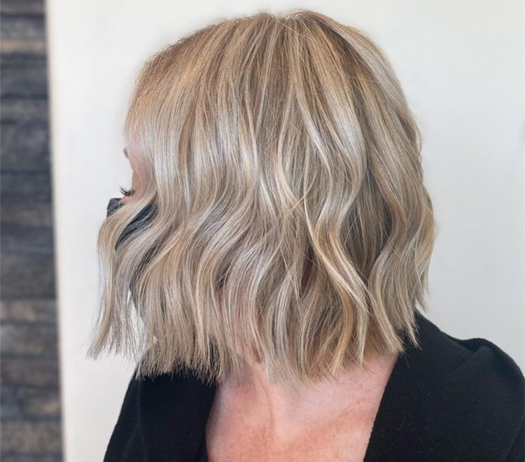 Fresh Short Blonde Hairstyles and Haircuts That Makes You Pretty 38