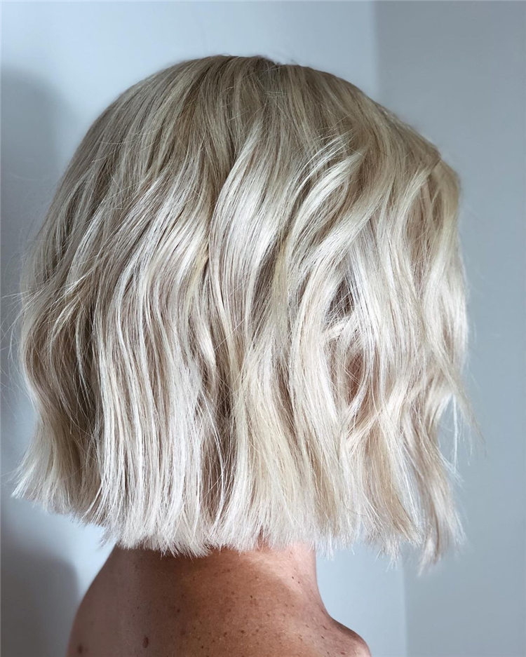 Fresh Short Blonde Hairstyles and Haircuts That Makes You Pretty 42