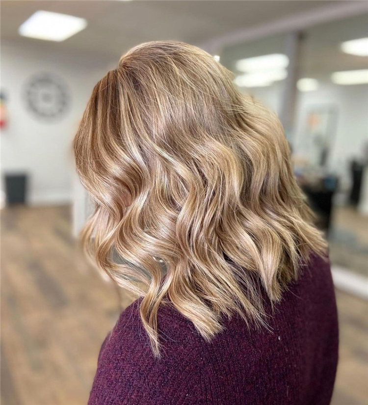 Low Maintenance Short Hairstyles That Will Give Your Spirals New Life 08