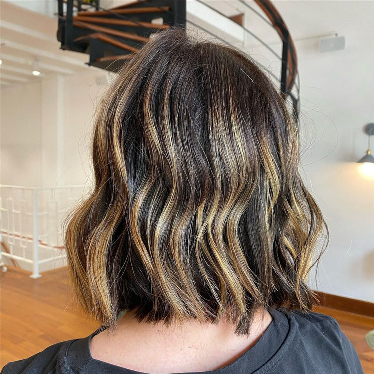 Low Maintenance Short Hairstyles That Will Give Your Spirals New Life 11