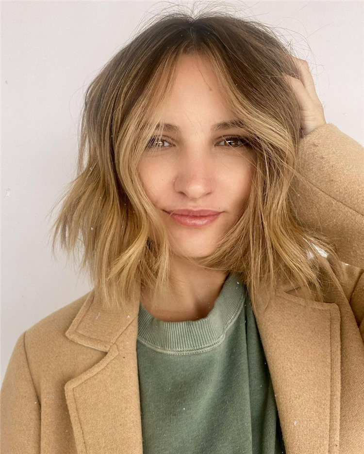 Low Maintenance Short Hairstyles That Will Give Your Spirals New Life 13