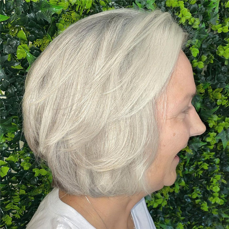 Low Maintenance Short Hairstyles That Will Give Your Spirals New Life 22