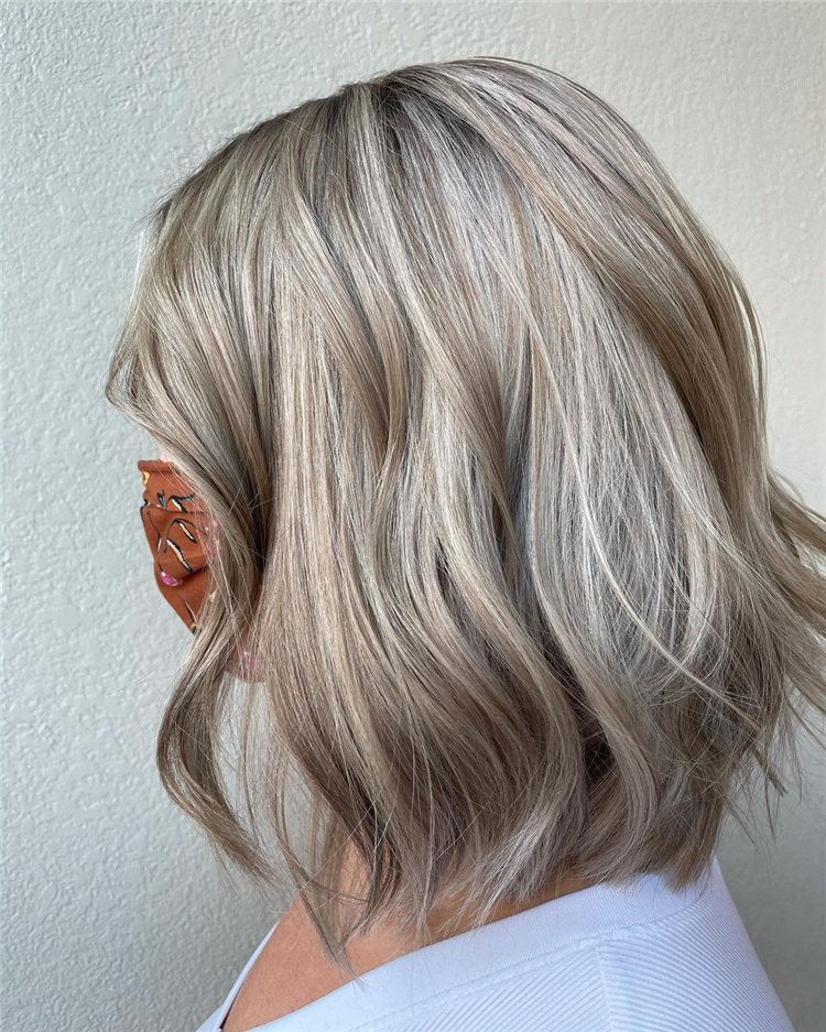 Low Maintenance Short Hairstyles That Will Give Your Spirals New Life 29