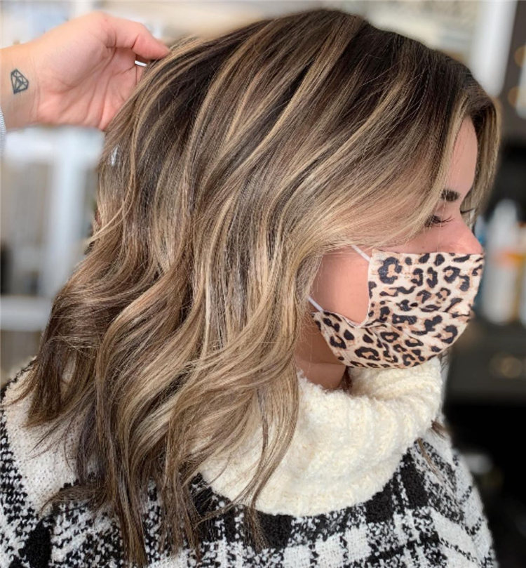 Low Maintenance Short Hairstyles That Will Give Your Spirals New Life 35