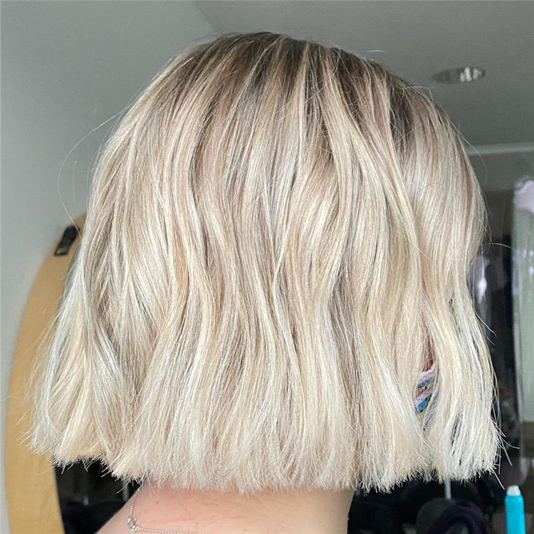 Low Maintenance Short Hairstyles That Will Give Your Spirals New Life 36