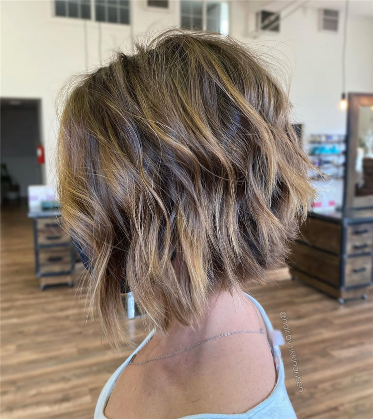 Low Maintenance Short Hairstyles That Will Give Your Spirals New Life 50