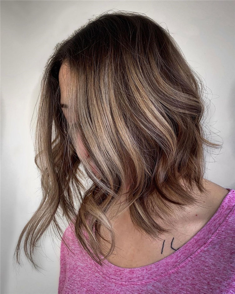 Short Brown Hair with Highlights to Look Gorgeous 01