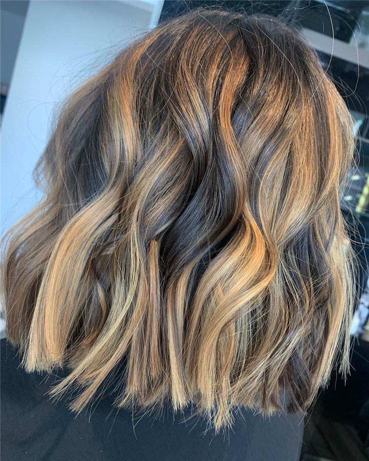 Short Brown Hair with Highlights to Look Gorgeous 08