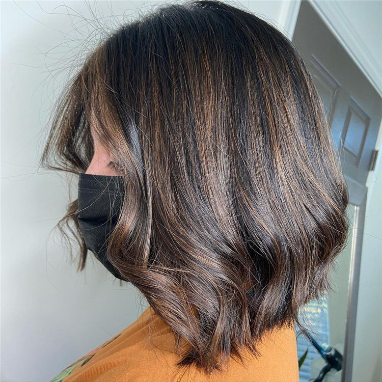 Short Brown Hair with Highlights to Look Gorgeous 11