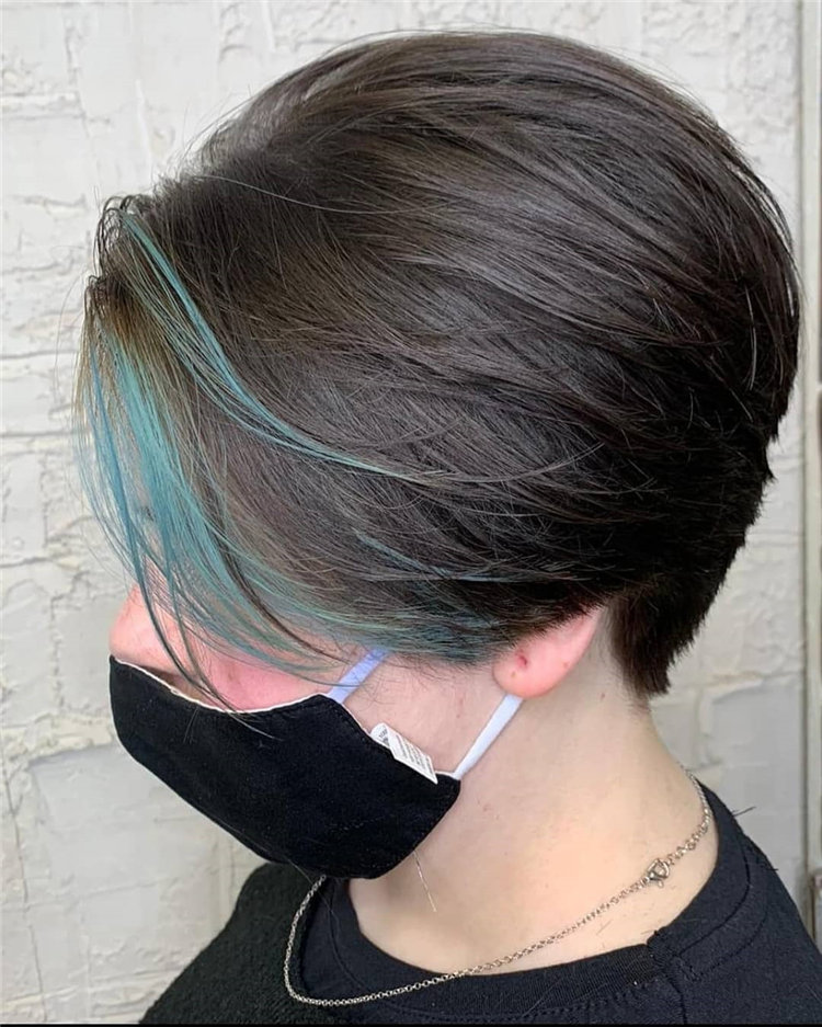 Short Brown Hair with Highlights to Look Gorgeous 13