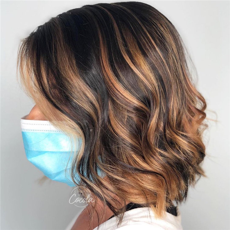 Short Brown Hair with Highlights to Look Gorgeous 15