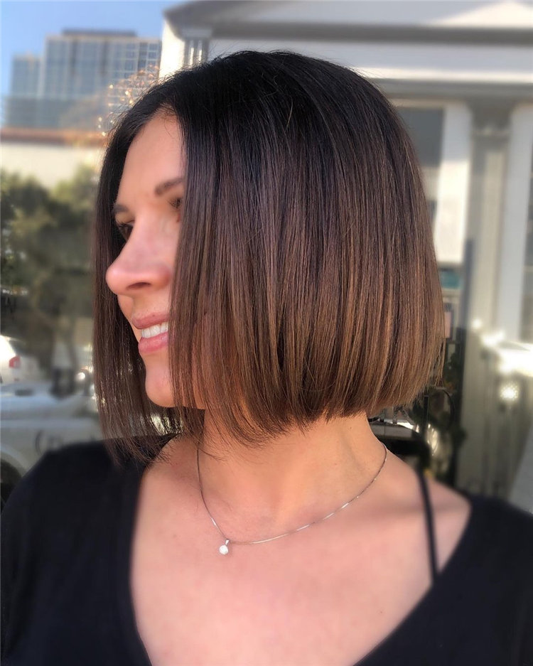 Short Brown Hair with Highlights to Look Gorgeous 27