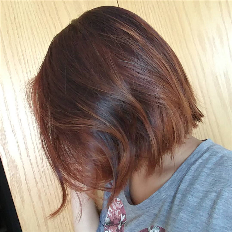 Short Brown Hair with Highlights to Look Gorgeous 34
