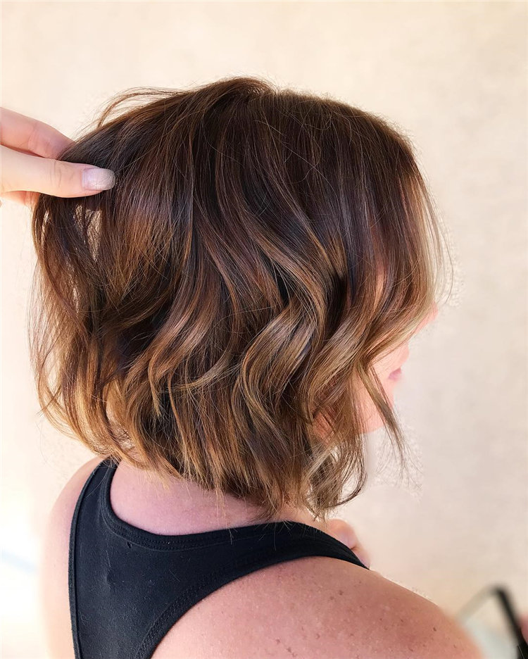 Short Brown Hair with Highlights to Look Gorgeous 40
