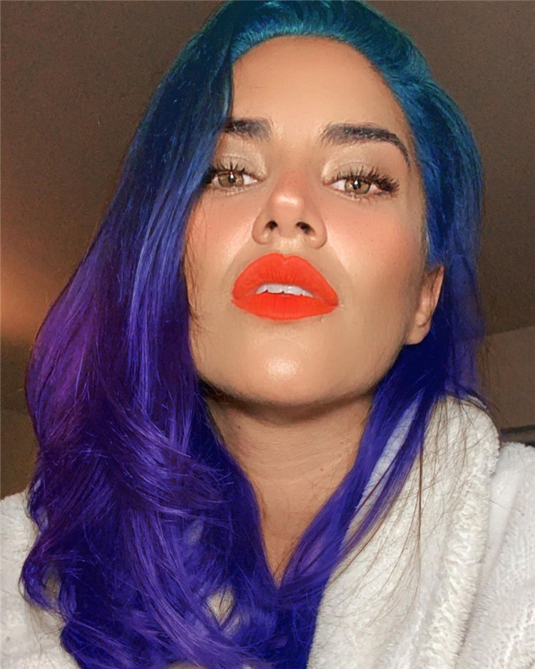 Hottest Blue Hairstyles and Color Ideas 2021 01