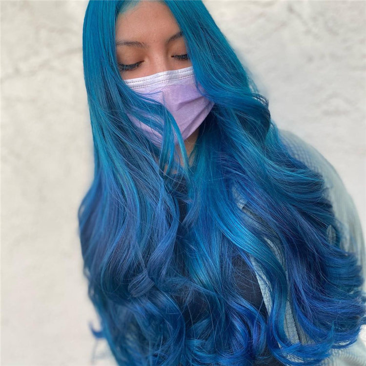 Hottest Blue Hairstyles and Color Ideas 2021 02