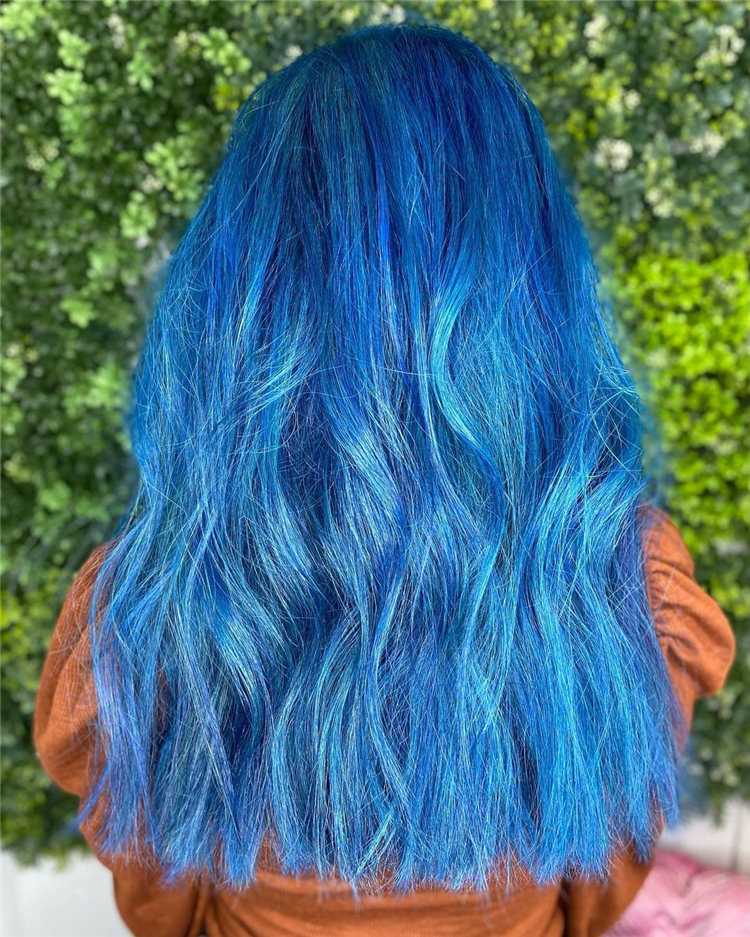 Hottest Blue Hairstyles and Color Ideas 2021 03
