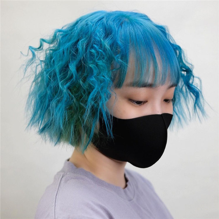 Hottest Blue Hairstyles and Color Ideas 2021 05