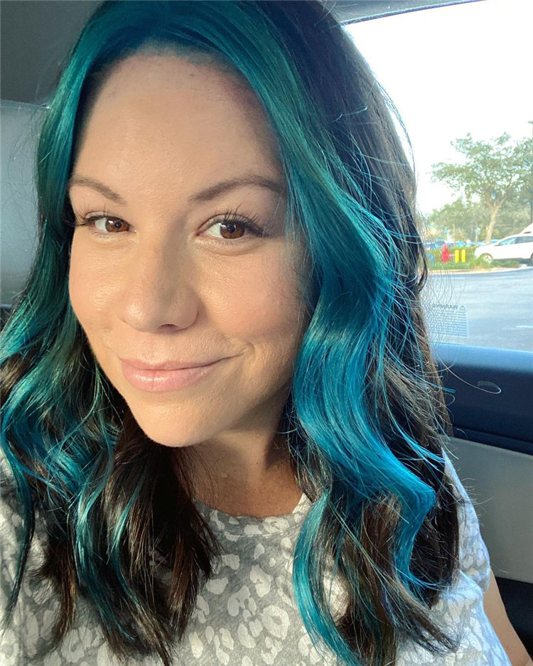 Hottest Blue Hairstyles and Color Ideas 2021 14