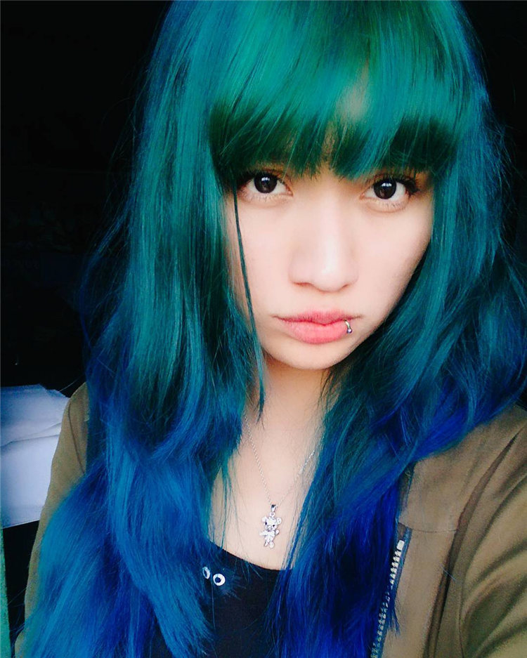 Hottest Blue Hairstyles and Color Ideas 2021 24