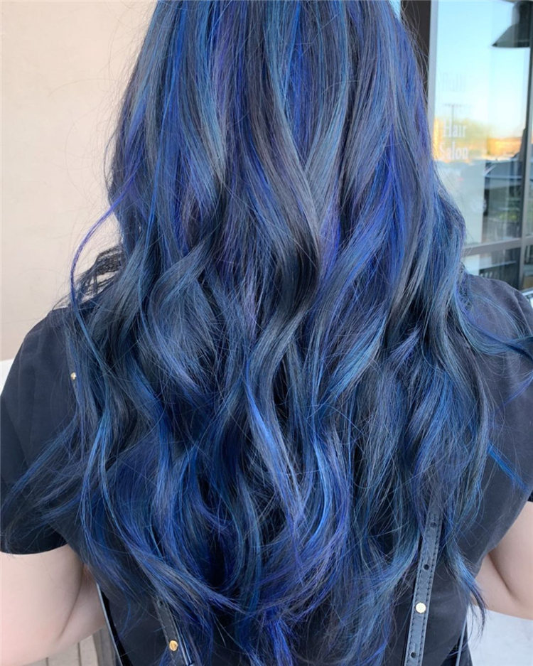 Hottest Blue Hairstyles and Color Ideas 2021 25