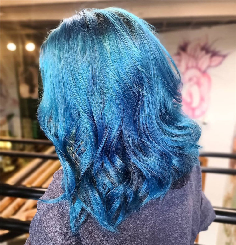 Hottest Blue Hairstyles and Color Ideas 2021 26