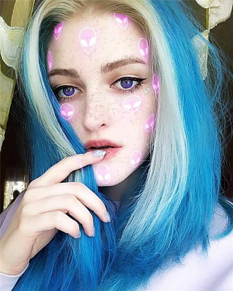 Hottest Blue Hairstyles and Color Ideas 2021 29
