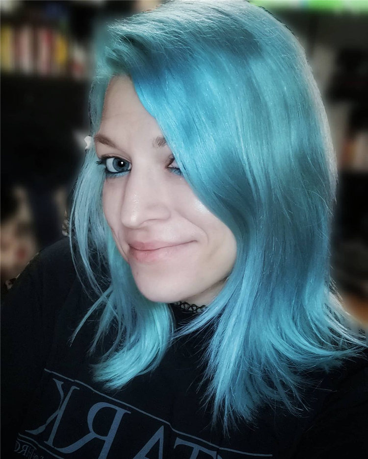 Hottest Blue Hairstyles and Color Ideas 2021 32