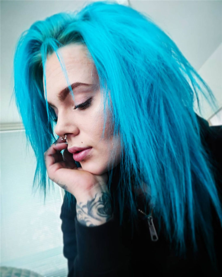 Hottest Blue Hairstyles and Color Ideas 2021 58