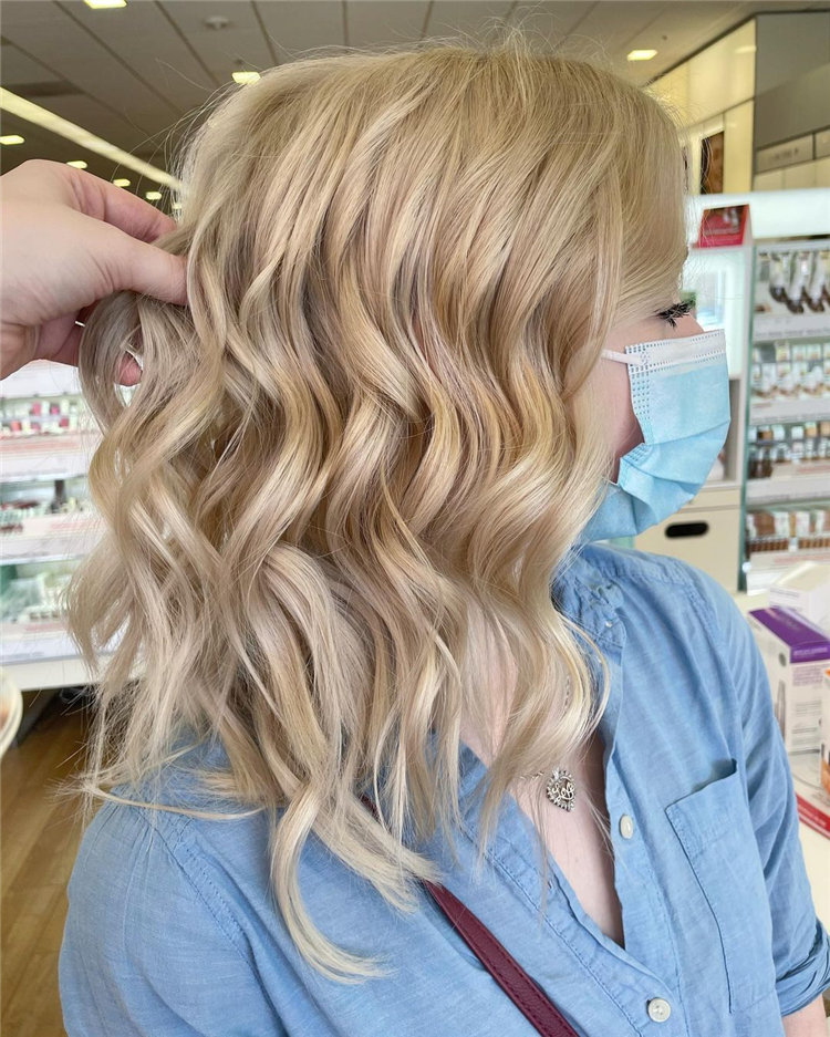 Platinum Blonde Hairstyle Ideas to Look Gorgeous 07